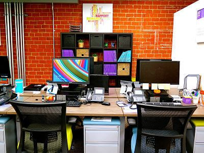 san-diego-office-shared-desk